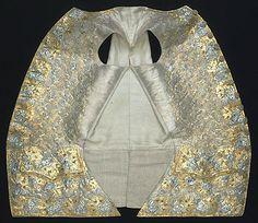 1766 Tenue de Gustave III de Suède Livrustkammaren http://emuseumplus.lsh.se/eMuseumPlus?service=ExternalInterface&module=literature&objectId=82172&viewType=detailView