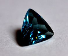 Blue GARNETS are the 8th rarest gem                                                                                                                                                     More #gems Minerals And Gemstones, Crystals Minerals, Rocks And Minerals, Stones And Crystals, Rare Gemstones, Gem Stones, Mineral Stone, Garnet Gem, Garnet Stone