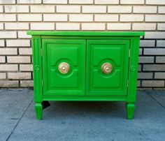 Green Side Table (not sure about the green, but in some other bright color...repaint one I have?)