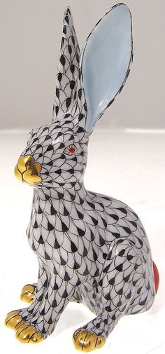 Herend Fine China Fishnet Rabbit / http://www.goviers.co.uk/shop/catalog.php?item=2074=Herend%20Victoria%20Pattern