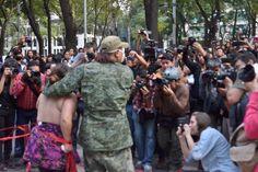 Prensa vendida parte 2 Manifestación frente a la PGR. 15 de octubre de 2014