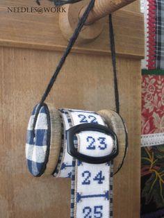 perpetual calendar by Margreet Beemsterboer www.needlesatwork.com