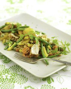 Herkullinen, helppo ja ruokaisa salaatti perhejuhliin ja picknikille.