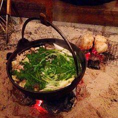 実家の囲炉裏小屋で鍋〜  焼きオニギリは〆に食べます - 280件のもぐもぐ - 囲炉裏で鍋と焼きオニギリ by kuisinboupig3