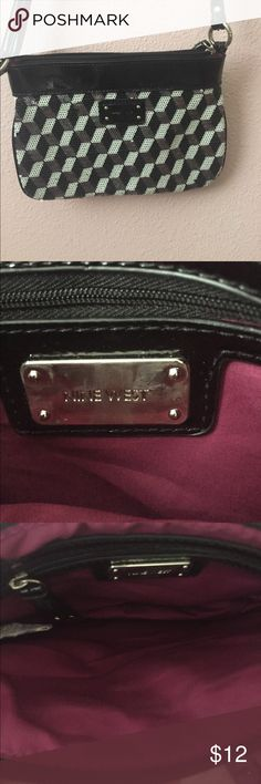 Small Nine West Crossbody Bag! Sequins on the front of back with black leather back! Perfect for going out! Adjustable strap! Small so can only fit essentials! Nine West Bags Crossbody Bags