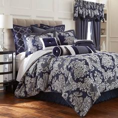 Damask Bedding Sale - Save On Luxury Damask Bedding Sets: The Home Decorating Company King Size Comforter Sets, King Size Comforters, Bedding Sets, Bed, Bed Styling, Flower Bedding, Luxury Bedding, Home Decor, Comforters
