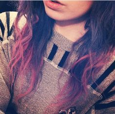 Purple hair, pink dipdye, ombré, messy ends, messy hair