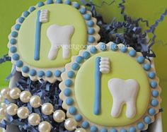 molar+sugar+cookie   Tooth and Toothbrush Decorated Suga r Cookies (12) ...