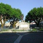 Piazza Umberto I e Chiesa di Santa Maria dei Serroni Santa Maria