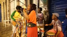 """No próximo dia 7, o Largo São Francisco da Prainha recebe mais um edição da feira Caboclinhas. O evento, que tem participação Catraca Livre. reúne música, gastronomia e arte. A festa começa às 17h. O evento representará as regiões do Brasil através da música. OSudeste com o Samba de Partido Alto e a Congada de...<br /><a class=""""more-link"""" href=""""https://catracalivre.com.br/rio/agenda/gratis/feira-multicultural-exalta-heranca-afro-latino-americana-na-gamboa/"""">Continue lendo »</a>"""