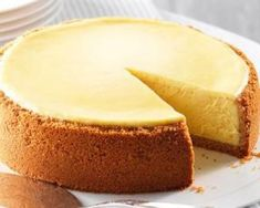 cheesecake recipes This cheesecake is out of this world! I think you will find the nut crust quite unusual. Sometimes we double the crust portion of the recipe just to have a thicker crust. Recipe by: b-man Master Chef Lemon Cheesecake, Cheesecake Recipes, Dessert Recipes, Desserts, Cheesecake Brownies, The Cheesecake Factory, Food Cakes, Zucchini Cake, Salty Cake