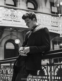 Shawn Mendes por Sebastian Kim para L'Uomo Vogue