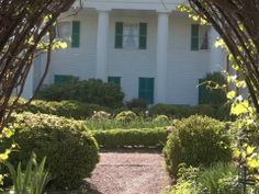 Wednesday Walks In The Garden, Barrington Hall, Roswell GA. 9:30 Am