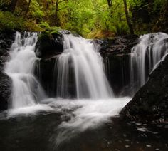 Emerald Falls - Hiking in Portland, Oregon and Washington