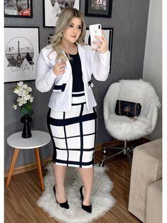 Floratta Modas - Moda Evangélica - A Loja da Mulher Virtuosa Cute Dress Outfits, Stylish Work Outfits, Modest Outfits, Stylish Dresses, Classy Outfits, Beautiful Outfits, Fashion Dresses, Business Casual Attire, Professional Outfits