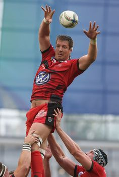 Bakkies Botha (SA) Rugby League, Rugby Players, Soccer Guys, Australian Football, Rugby Men, Beefy Men, Sports Pictures, Sports Stars, Big Men