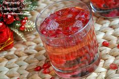 Pomegranate+Mojito+Champagne+Cocktail+4.jpg 700×468 pixels