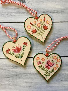 Romantic Gifts For Her, Swedish Christmas, Pintura Country, Christmas Crafts, Christmas Ornaments, Heart Crafts, Wooden Ornaments, Heart Ornament, Etsy