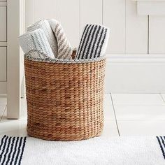 Striped Dobby Bath Mat