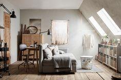 De multifunctionele logeerkamer: met een modulaire bank kan je alle kanten op | IKEA IKEAnl IKEAnederland inspiratie wooninspiratie interieur wooninterieur VALLENTUNA zitbank bank modulair modules KVISTBRO opbertafel tafel mand opbergen RÅSKOG roltafel zwart ARÖD lamp bureaulamp logeren slaapkamer