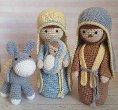 Amigurumi para o Natal: 31 Enfeites Lindos para se Inspirar Amigurumi para o Natal: 31 Enfeites Lindos para se Inspirar Cute Crochet, Crochet Dolls, Crochet Crafts, Yarn Crafts, Easy Crochet, Crochet Projects, Crochet Christmas Decorations, Christmas Crochet Patterns, Crochet Decoration