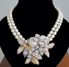 MIRIAM-HASKELL-SIGNED-2-STRAND-PEARL-GLASS-BEAD-LARGE-PENDANT-NECKLACE-PENDANT