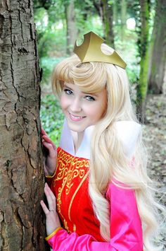 Disney Cosplay: Aurora