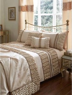 Mia Duvet Cover SetThe finishing piece to a beautiful boudoir, this classy Mia bedding range brings Bed Covers, Duvet Cover Sets, Bed Cover Design, Canadian Smocking, Smocking Patterns, Smocking Tutorial, Leather Headboard, Deco Floral, Bed Sizes