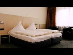 Hotel Astoria Bonn - Bonn - Visit http://germanhotelstv.com/astoriabonncp This hotel offers comfortable accommodation in Kassenich a southern district of historic Bonn. It lies just 3 kilometres from the city centre and enjoys excellent public transport links. -http://youtu.be/vnkUKqjzCUo