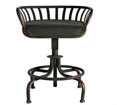 730zl Krzesło TRACTOR zostało wykonane z metalu poddanemu procesowi starzenia. Krzesło w kolorze