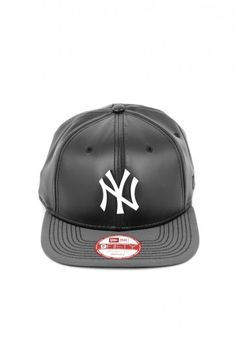 1edcc732e6a9f New York Yankees Leathery Black snapback white logo stitch