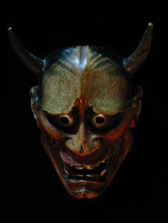 Hannya (máscaras y algunos significados)