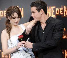 Mario Casas y Blanca Suárez, derroche de complicidad en el estreno de 'Carne de Neón'