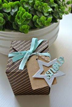Gift Box punch board, Note Tag punch, Stars Framelits dies Stampin Up by Cards and Scrapping