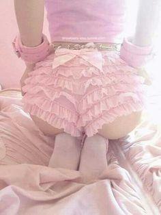 I love her ruff panties so cute