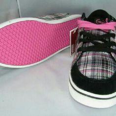 Van's New with tags Vans Shoes Sneakers