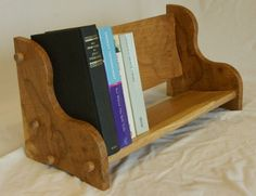 Wooden_Bookseat_Colourful_350.JPG 350×269 pixels