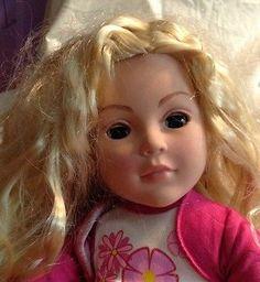2007-18-Blonde-Madame-Alexander-Dolls-Lashes-Beautiful-Eyes