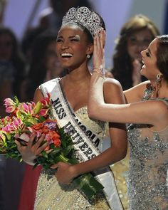 Miss Universe 2011 - Miss Angola - Leila Lopes