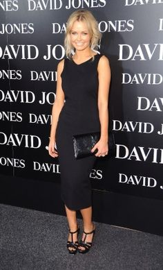 Lara bingle. Fashion inspiration. All black
