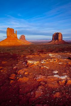 The Mittens and Merrick Butte, Monument Valley, Navajo Tribal Park, Arizona; photo by Brian Jannsen