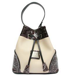 Comece a semana com uma mala da nova coleção! Start this week with a Cavalinho handbag from the new collection! Ref: 1070078 #cavalinho #cavalinhoficial