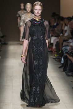 Valentino Spring/Summer 2014 Ready-To-Wear