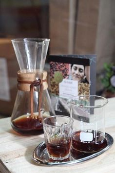 Coffee Academics is not as pretentious as it sounds, and the glass-blown Chemex (above) actually brews one of the best cups of coffee you will ever have in your life. It offers lattes sweetened with organic raw agave nectar and spiced with ground black pepper. TREAT YO SELF.