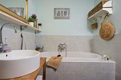 Detail vane a umývadla Clawfoot Bathtub, Bathroom, Detail, Clawfoot Tub Shower, Bath Room, Bathrooms, Bath, Bathing, Bathtub
