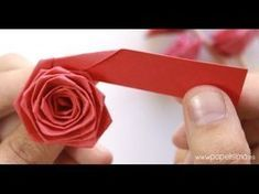 How do roses with a strip of paper (type quilling) How to make calla lily paper… – Origami Rosa Origami, Origami Rose, Origami Stars, Paper Flowers Roses, How To Make Paper Flowers, Flower Paper, Diy Flowers, Quilled Roses, Quilling Flowers