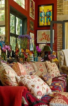 Bohemian Living - loving all the pillows