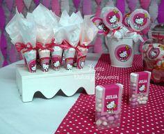 Fun treats at a Hello Kitty Party #hellokitty #party