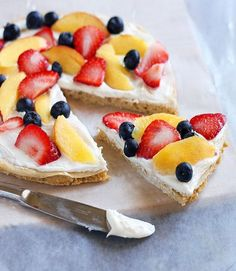breakfast pizza that tastes as good as it looks.  Can use any kind of fruit on   http://fresh-fruit-407.blogspot.com
