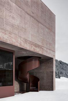 Pedevilla Architects creates rose-hued fire station for Alpine village - Architecture Concrete Facade, Concrete Architecture, Modern Architecture Design, Pavilion Architecture, Minimalist Architecture, Space Architecture, Sustainable Architecture, Residential Architecture, Design Despace